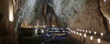 Стопича пещерa